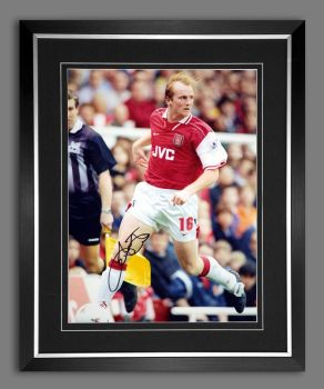 John Hartson Signed And Framed Arsenal 12x16 Photograph : B