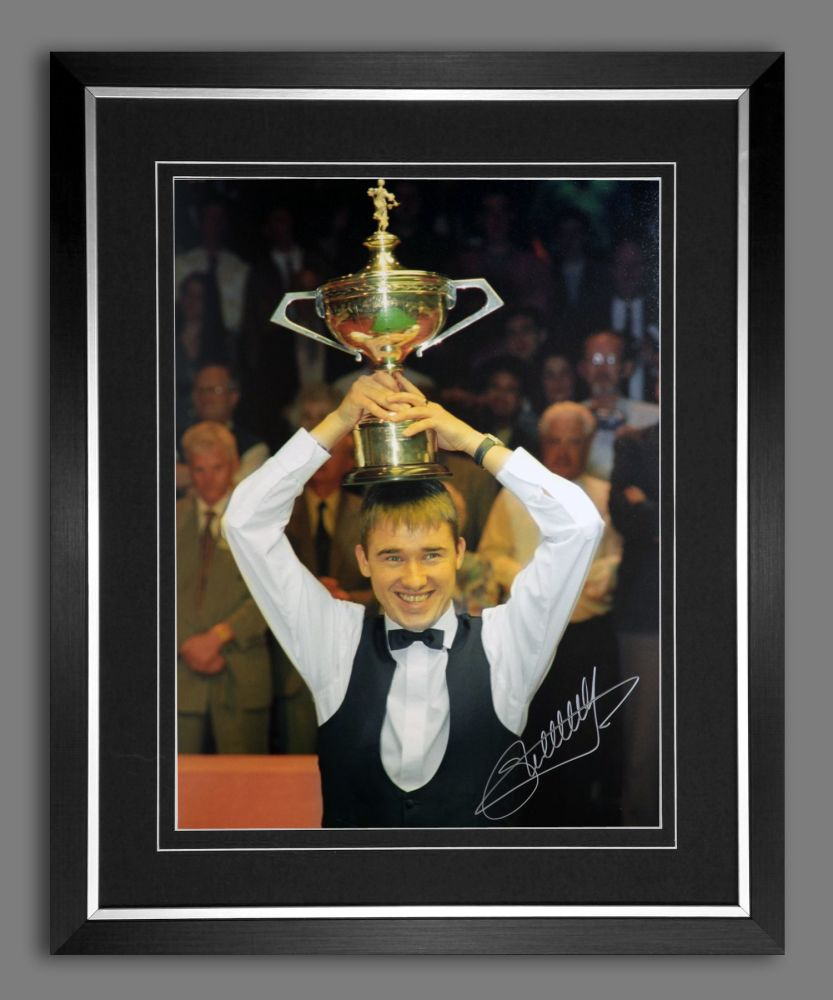 Stephen Hendry Signed And Framed Snooker  World Cup Photograph