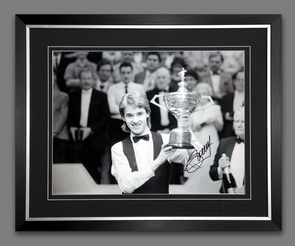 Stephen Hendry Signed And Framed Snooker  Black And White Photograph