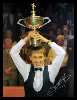 Stephen Hendry Signed  Snooker World Cup  Photograph