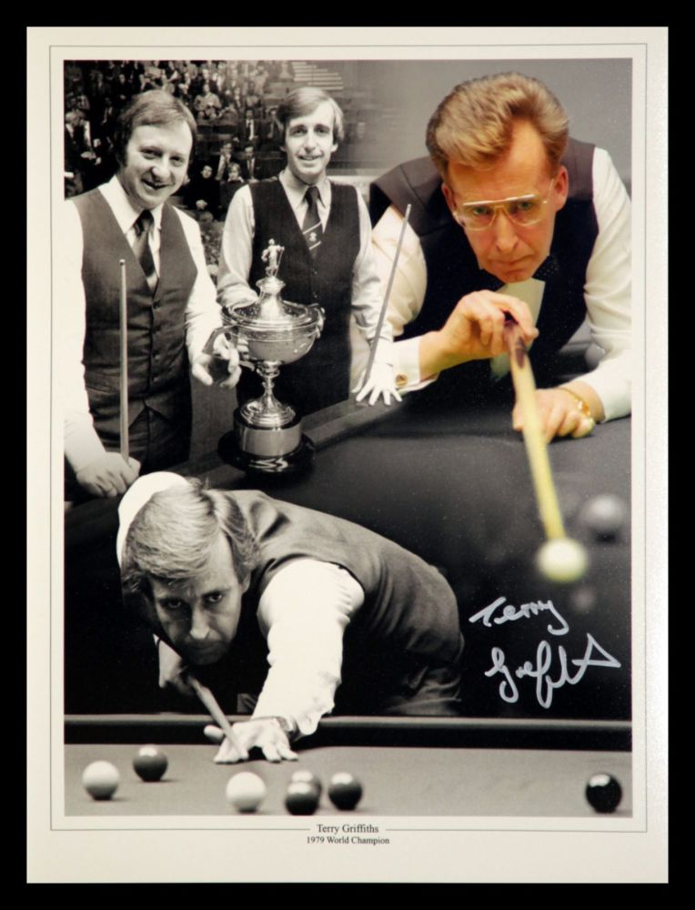 Terry Griffiths signed 12x16 photograph