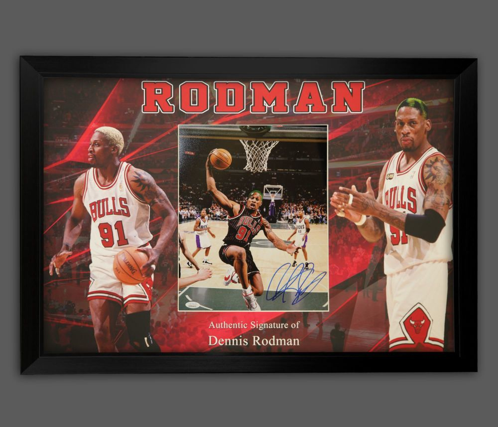 Dennis Rodman Hand Signed And Framed Chicago Bulls Photograph In A Framed