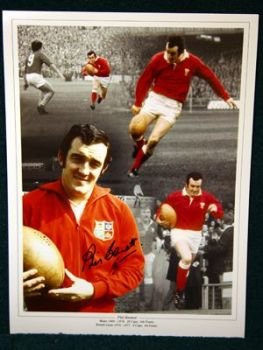 Phil Bennett Signed wales Rugby 12x16 photograph : B