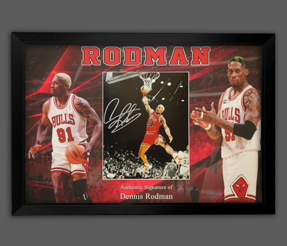 Dennis Rodman Hand Signed And Framed Chicago Bulls Photograph In A Framed P