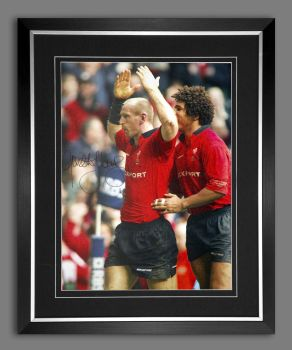 Gareth Thomas Hand Signed and Framed 12x16 Wales Rugby Photograph  : A