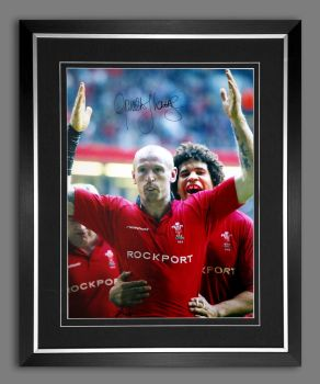Gareth Thomas Hand Signed and Framed 12x16 Wales Rugby Photograph : B