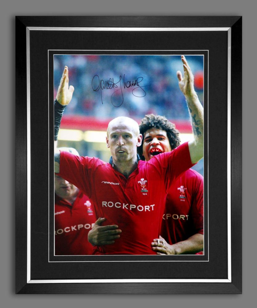 Gareth Thomas Hand Signed and Framed 12x16 Wales Rugby Photograph B