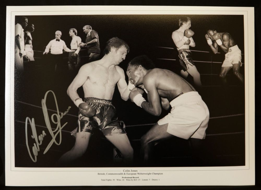 Colin Jones Boxing Signed 12x16 Photograph