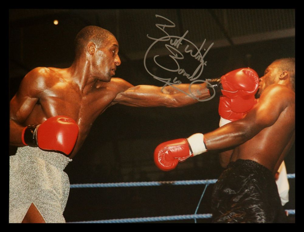 Herol Bomber Graham Signed 12x16 Boxing Photograph : A
