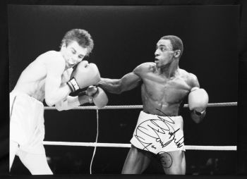 Herol Bomber Graham Signed 12x16 Boxing Photograph : C