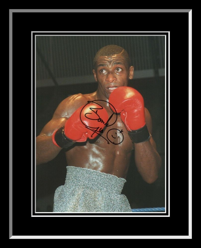 Herol Bomber Graham Signed AnD Framed 12x16 Boxing Photograph : B