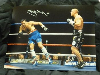 Jamie Moore Signed 12x16 Boxing Photograph : A