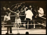 Larry Holmes Signed  Boxing Photograph : B