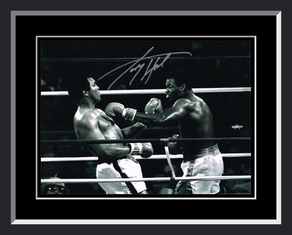 Larry Holmes  Vs Ali Signed And Framed Boxing Photograph