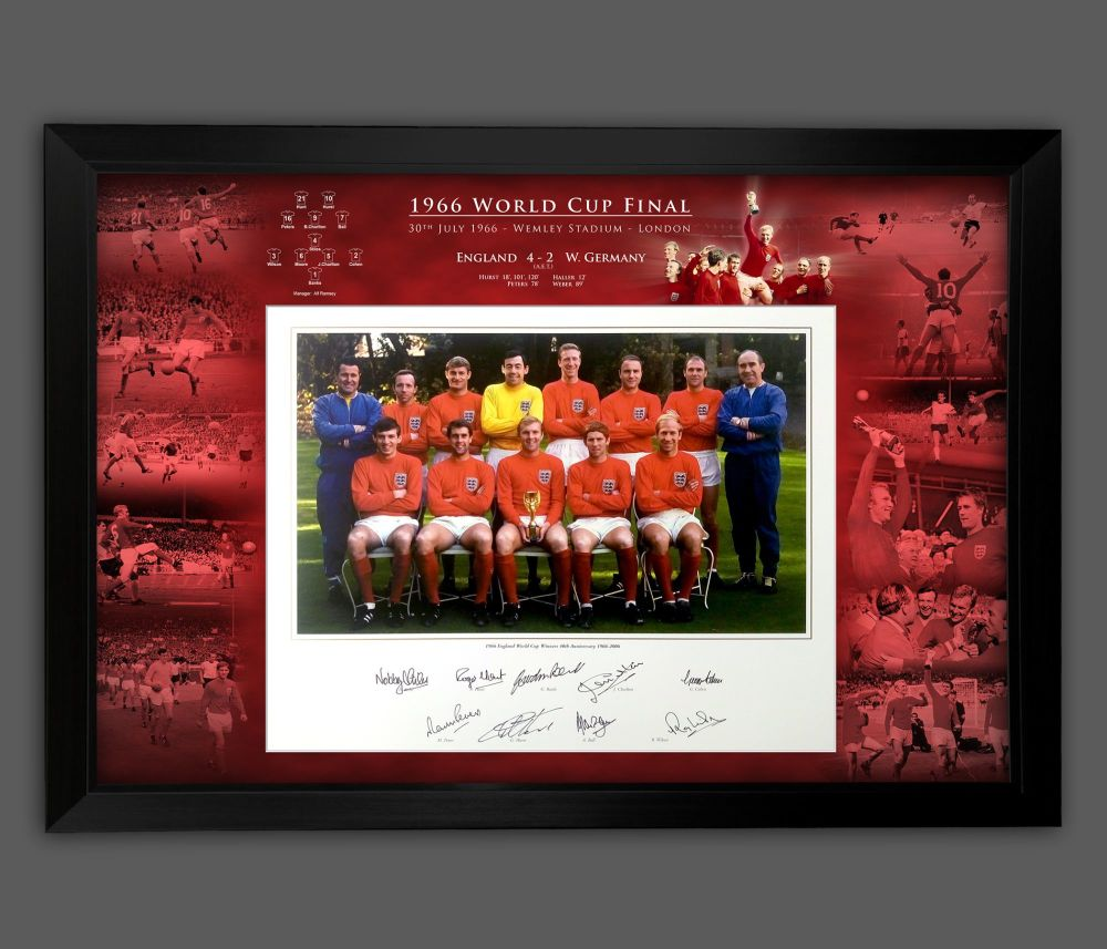 England 1966 Signed And Framed 12x16  Football  Photograph In A Framed Pr
