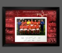 England 1966 Signed And Framed 12x16  Football  Photograph In A Framed Presentation.