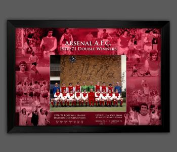 Arsenal 1971 Team Group 12x16 Photograph Signed By 12 Players Framed in A picture Mount Presentation