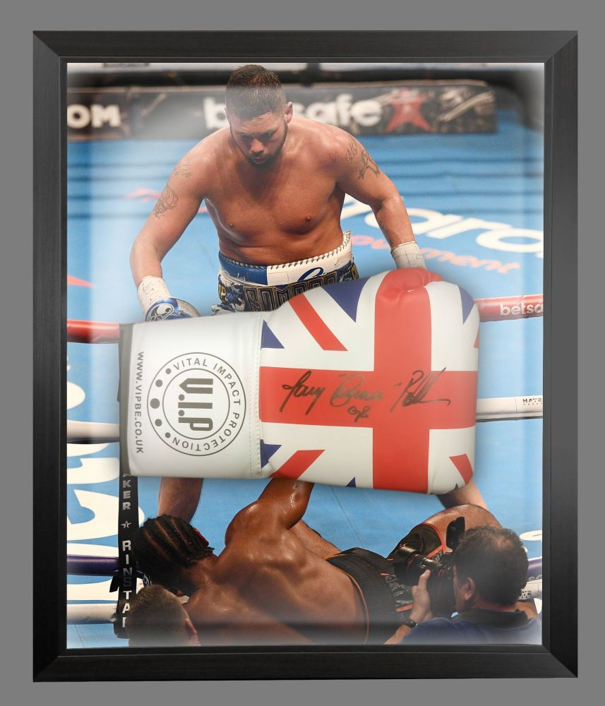 Tony Bellew and Signed Union Jack  Vip  Boxing Glove In A Dome Frame.  Fu