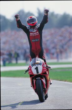 Carl Fogarty 10x8 Signed Photograph:  A : Private Signing Autograph  Pre Order.