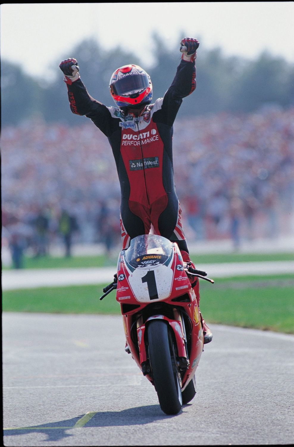 Carl Fogarty 10x8 Signed Photograph:  A : Sportsmania Autograph  Pre order.