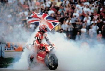 Carl Fogarty 10x8 Signed Photograph:  B : Private Signing Autograph  Pre Order.