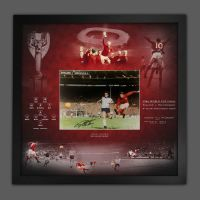 Geoff Hurst Signed England Football  12x16 Photograph  In A  Picture Mount Display
