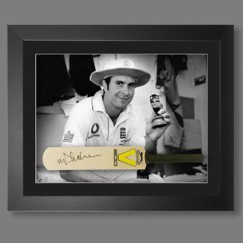 Michael Vaughan Signed Cricket Mini Bat In A  Framed Presentation : B