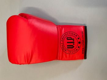Carl Froch  Signed Boxing  Glove : Private Signing Autograph  Pre Order.