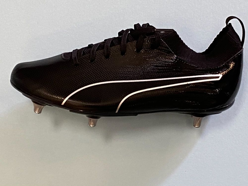Michael Owen Signed Black Puma Football Boot  : Private Signing Autograph