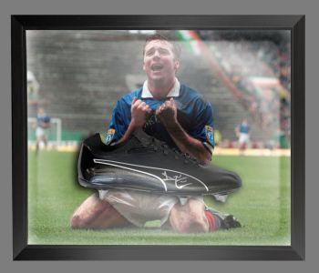 Ally Mccoist Rangers Signed Football Boots In An Acrylic Dome Frame : B