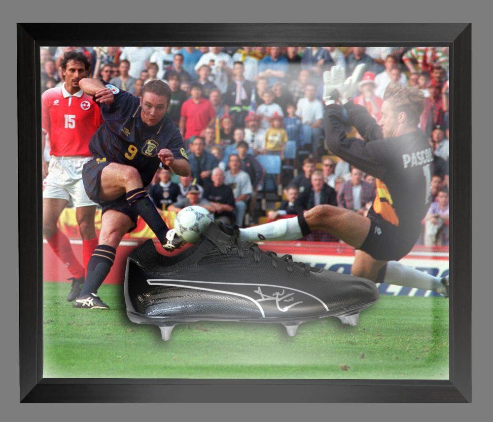 Ally Mccoist Scotland Signed Football Boots In An Acrylic Dome Frame : B