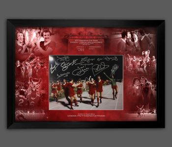 Liverpool 1977 12x16 Football  Photograph In A Picture Mount Display, Signed By 10 Players : Star Deal