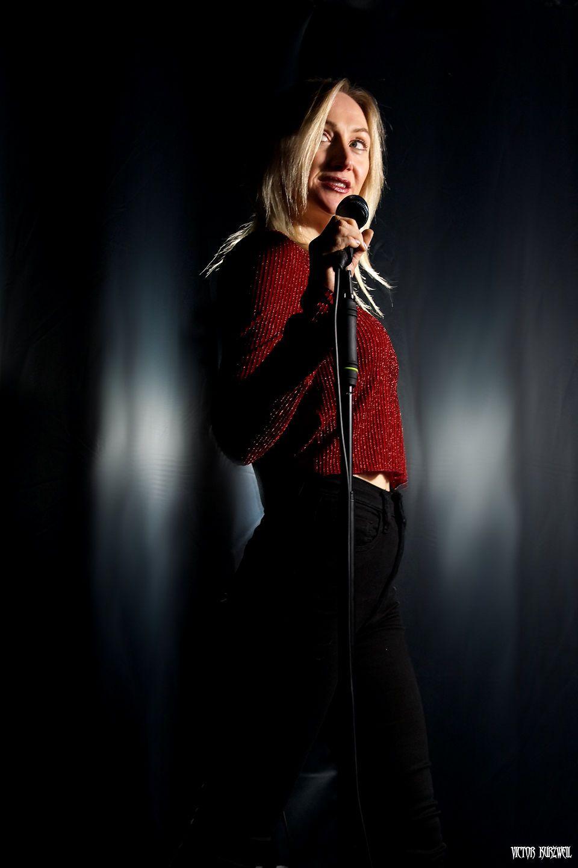 Solo Vocalist - Michelle Dawson