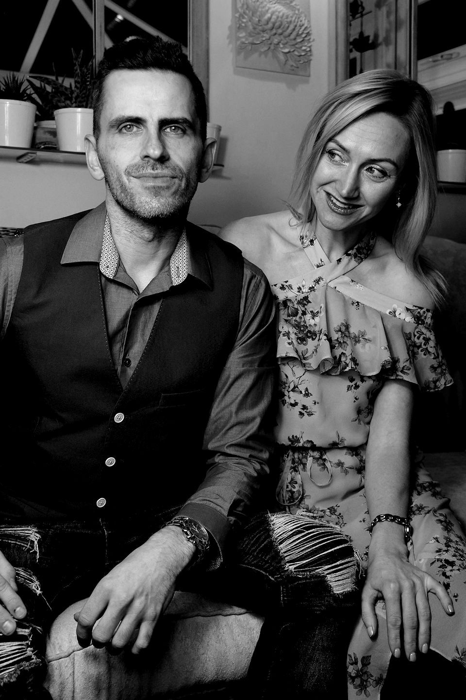 Glow Band Michelle and James chilled BW