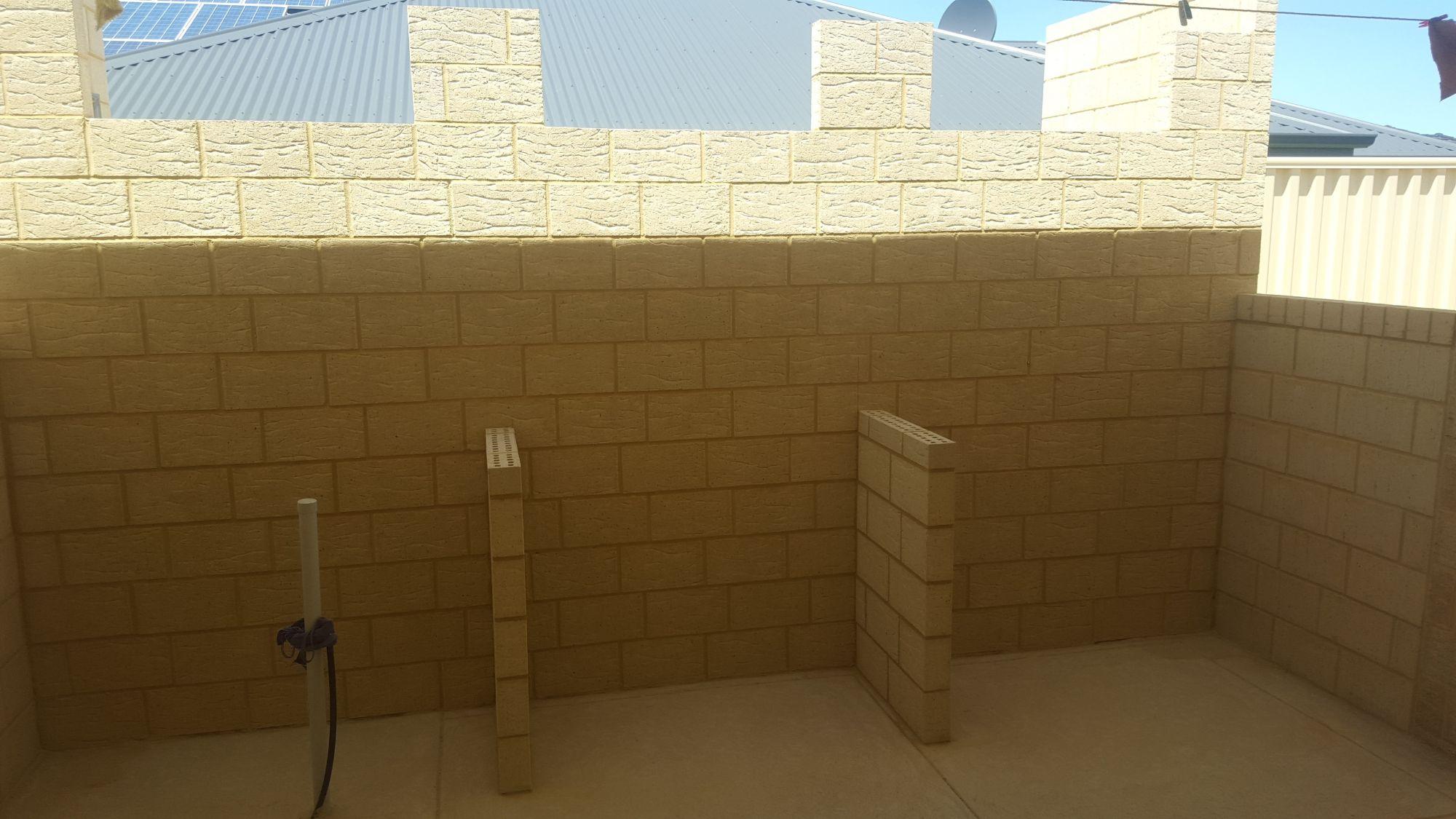 KM Brick1
