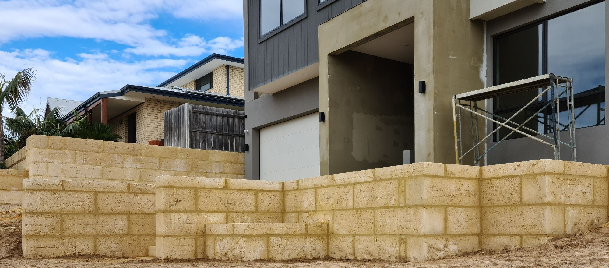 Limestone Retaining Walls Mandurah, Rockingham and Bunbury