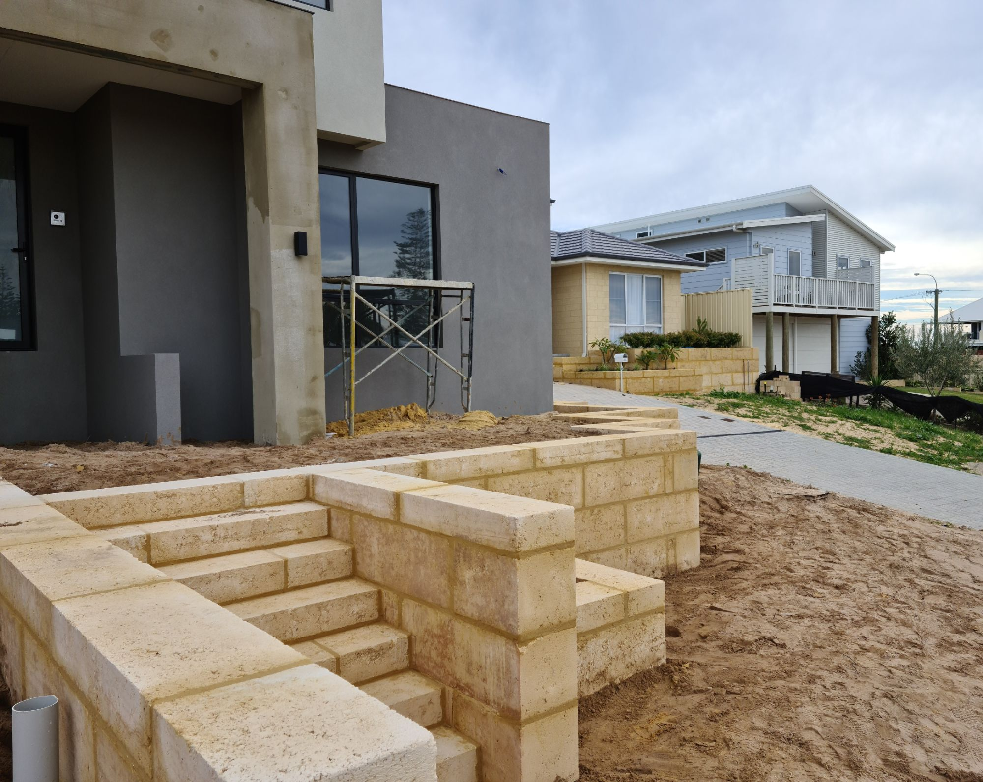 Limestone Contractors Mandurah.jpg