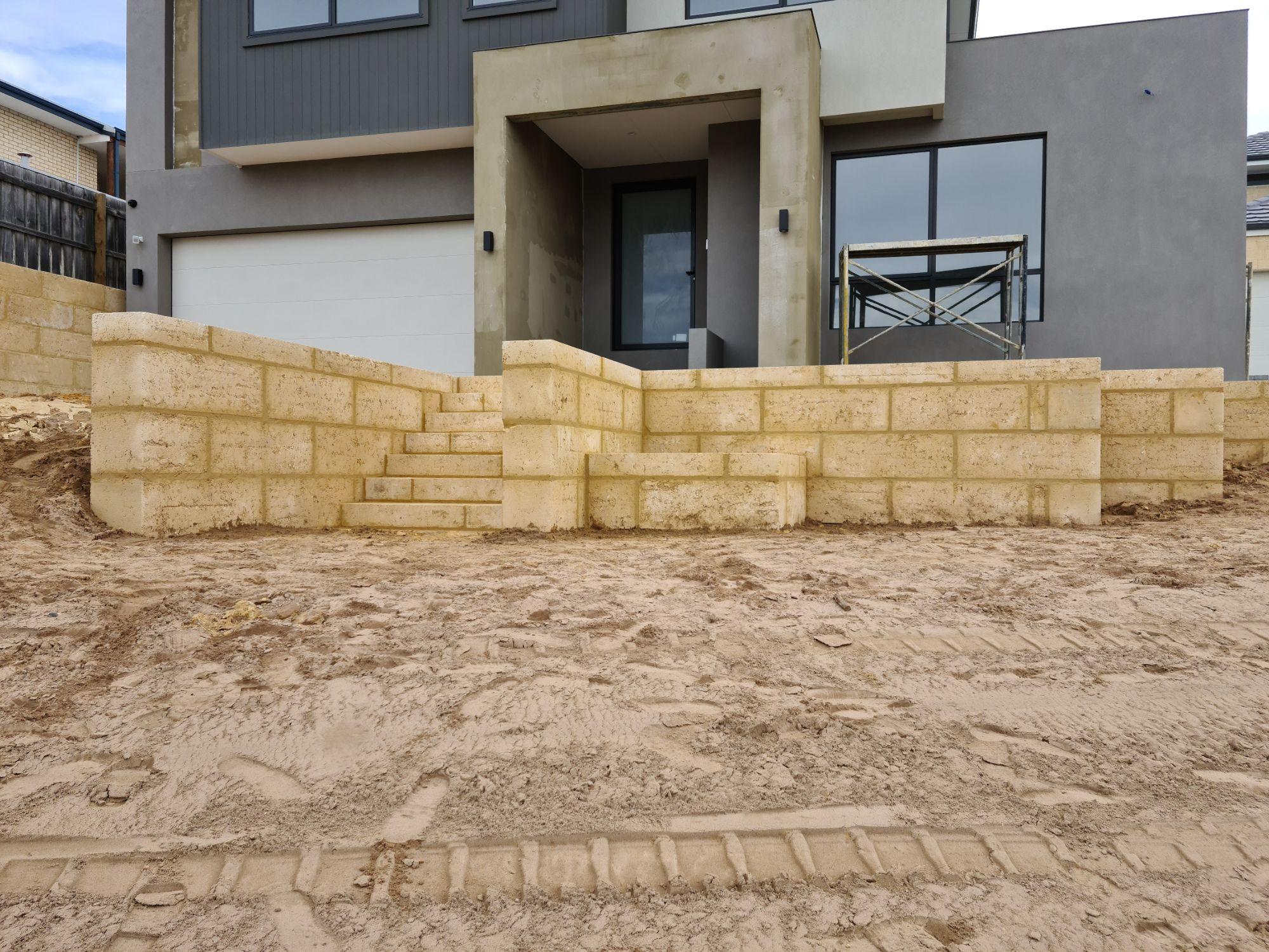 Limestone Walls Mandurah.jpg