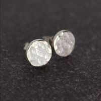 Hammered Circle Stud (8mm)