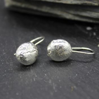 Nugget Drop Earrings (light)