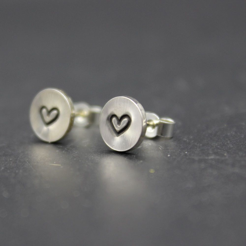 Heart Stud (polished finish)