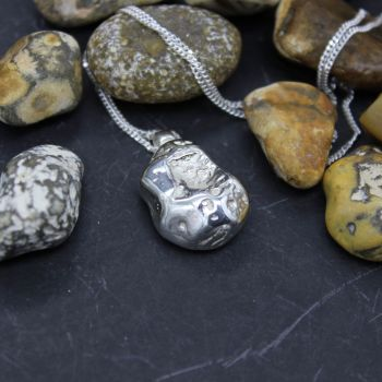 Whitstable Pebble Necklace