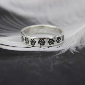 Flower Stamped Ring