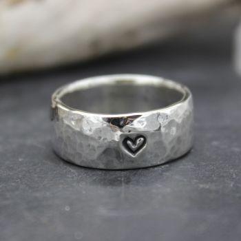 Heavy Hammered Heart Thumb Ring