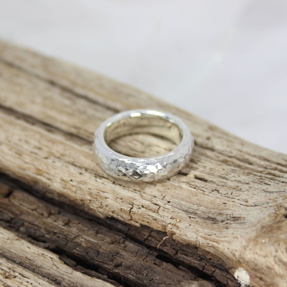 6mm Hammered Ring