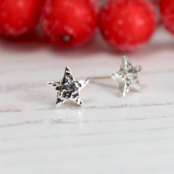 Hammered Star Stud Earrings (small)