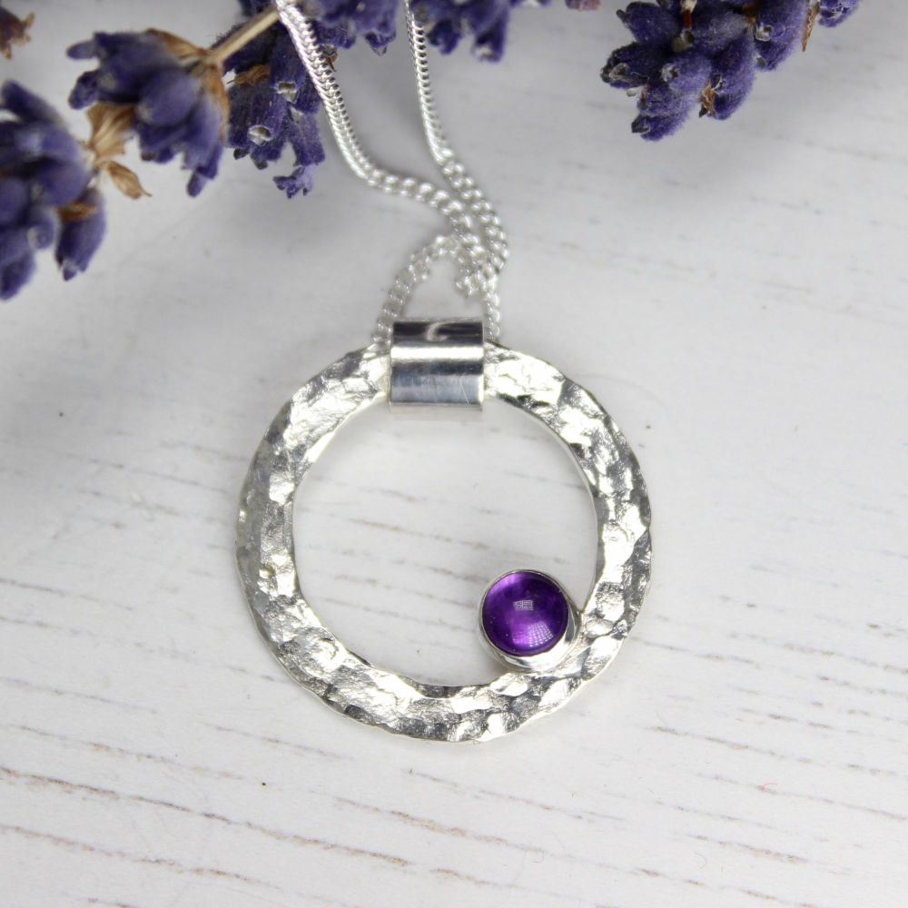 Hammered Circle Necklace with Amethyst