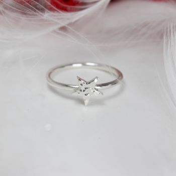 Dainty Hammered Star Ring - Size M½