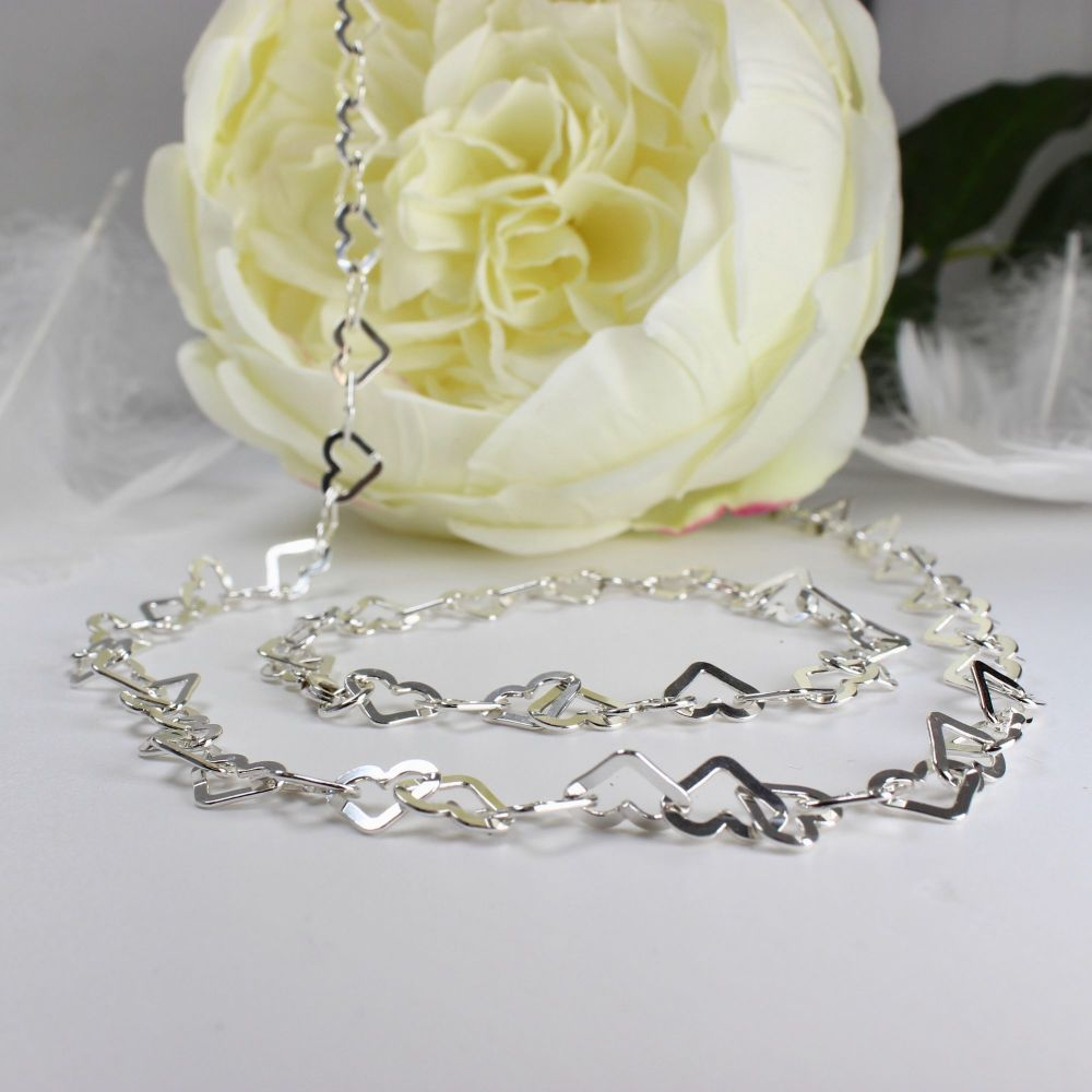 Flat Heart Link Necklace - 20