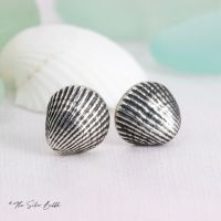 Whitstable Shell Stud Earrings, tiny - (design 1)